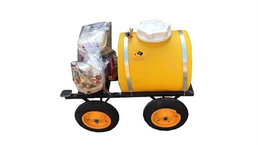 سمپاش 100 لیتری فرغونی چهار چرخ باموتور کاوازاکی و پمپ طرح لوشانگ تایوان و شیلنگ جمع کن مدل 21713