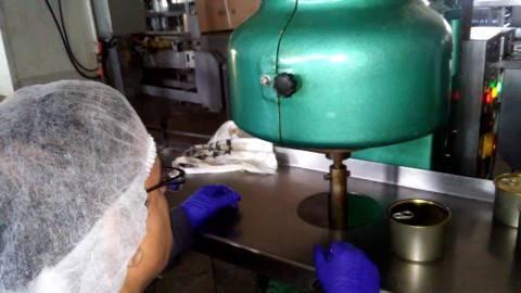 دستگاه دربندی قوطی پدالی