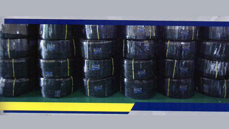لوله پلی اتیلن آبیاری قطره ای 10 میلیمتر 32 اتمسفر