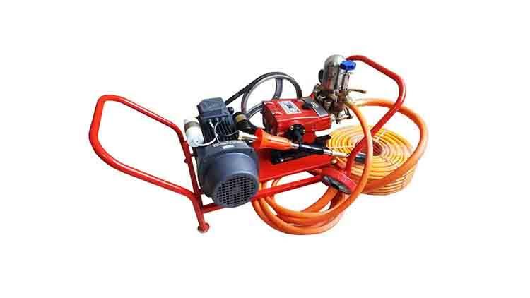 سمپاش زنبه ای با الکتروموتور تکفاز ۳ اسب و پمپ پیستونی 45 چینی مدل 16700