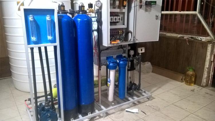 دستگاه تصفیه آب صنعتی با شاسی استیل , تجهیزات ضدعفونی و تصفیه آب صنعتی