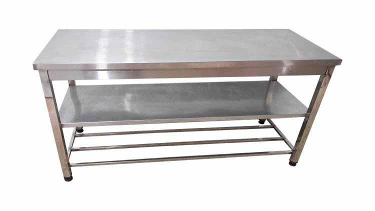 میز کار استیل یک و نیم متری عریض  , تجهیزات آماده سازی رستوران و آشپزخانه