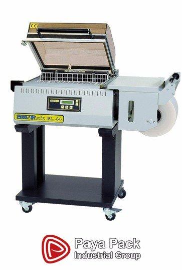 دستگاه شیرینگ کابینی قابلیت بسته بندی مواد غذایی،آرایشی،بهداشتی, قابلیت شیرینک فیلم های PVC ، POF, مجهز به تیغه نانو فایبر, مجهز به کانوایر جهت افزایش راندمان تولید , مصرف پایین برق (kw/h 2/5) , جک گازی جهت کنترل سرعت درب و عدم گرم کردن محیط کاری است.