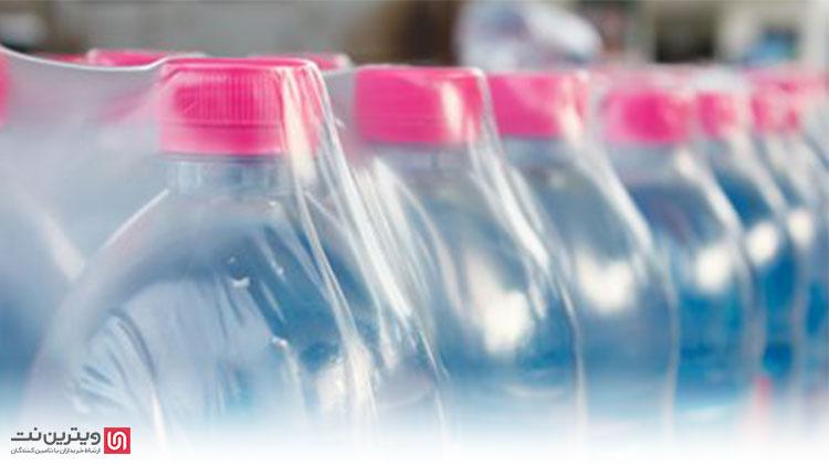 یکی از بهترین مثال ها برای بسته بندی شیرینگ بسته بندی های آب معدنی و نوشابه ها هستند که با استفاده از نایلون شیرینگ در یک پک، کنار یکدیگر قرار می گیرند