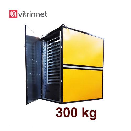 دستگاه خشک کن میوه و سبزیجات با ظرفیت 300 کیلویی عمل خشک کردن را انجام میدهد.