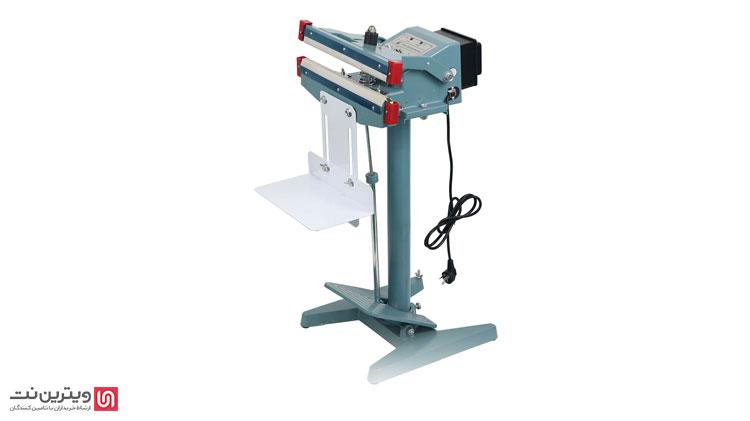 دستگاه دوخت پدالی در مدل های رومیزی و ریلی در بازار موجود است و به نوعی بین مدل های نیمه اتوماتیک قرار میگیرد.