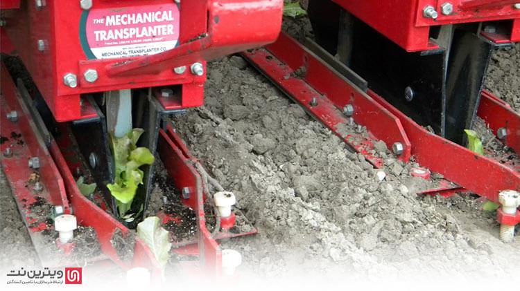 دستگاه نشاکار از ادوات و تجهیزات مورد نیاز کشاورزی مکانیزه است که در کاشت نشای گیاهان مختلف مورد استفاده قرار میگیرد.