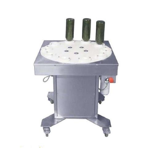 مکانیزم کارکرد دستگاه شستشو بصورت نیمه اتوماتیک میباشد