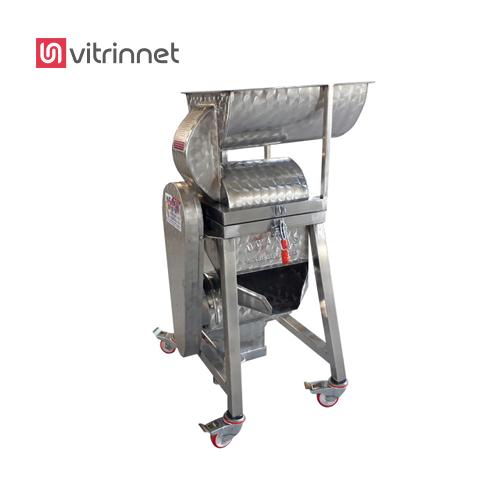 دستگاه آب گوجه گیری با وزن 500 کیلوگرم ساخته میشود.