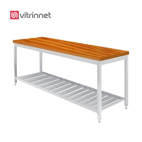 میزکار یک متری با صفحه چوب اکثرا در تمام آشپزخانه های صنعتی از میز کار استفاده می شود.