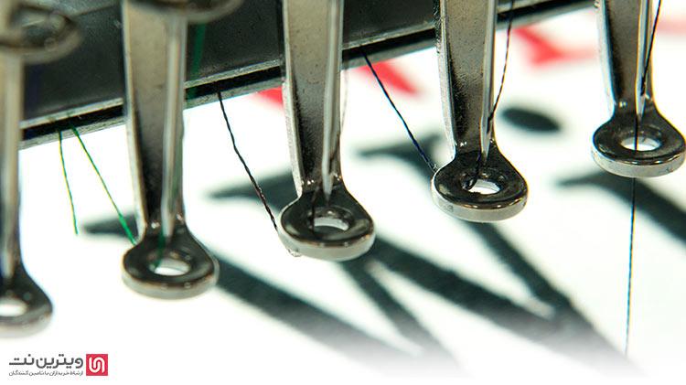از انواع ماشین آلات گلدوزی اغلب اوقات در انجام کارهای خانگی و شخصی دوزی استفاده می شود. از مهمترین انواع ماشین آلات گلدوزی می توان به تک کله ها و چند کله ها اشاره کرد.
