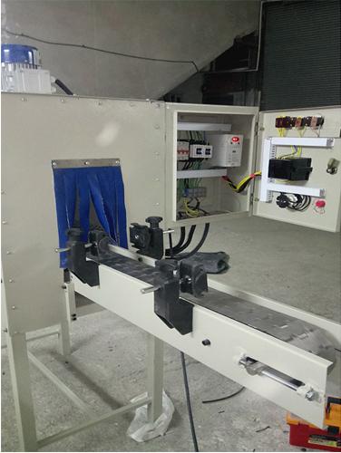 دستگاه لیبل شیرینگ یا دستگاه لیبل شیرینگ تونلی ساخته شده از پروفیل یک پارچه بجای استفاده از ورق خم کاری شده می باشد