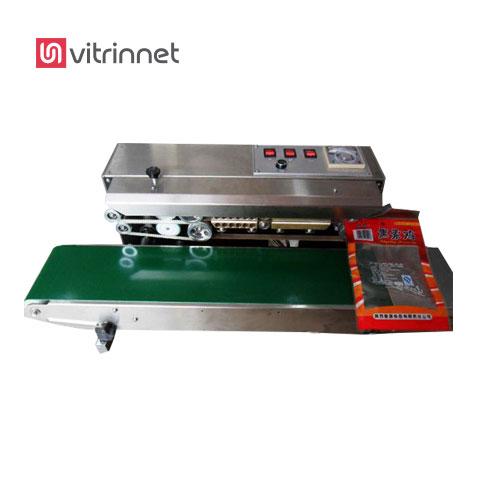 دستگاه دوخت ریلی افقی پلاستیک دوخت را برای انواع بسته های پلاستیکی ایستاده نیز استفاده میشود.