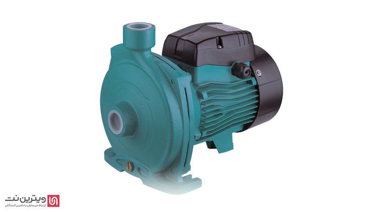 پمپ آب به صورت کلی دستگاهی است که آب را دریافت کرده و با استفاده از نیروی الکتریسیته با اعمال نیرو به آن، آب را با فشار بیشتری وارد لوله می کند.