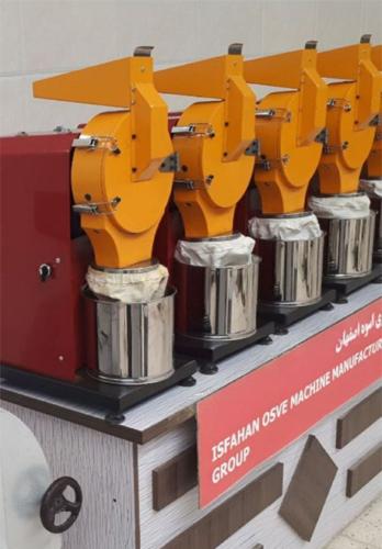دستگاه آسیاب چکشی مجهز به سوئیچ کنترل امپر جهت مراقبت از سیم پیچ موتوراست.