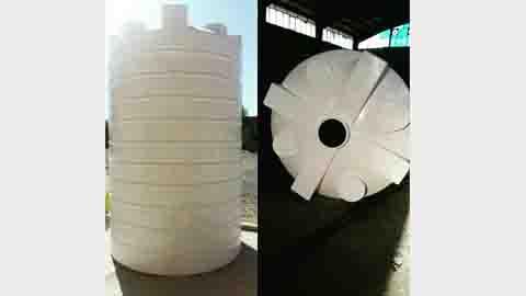 مخزن 5000 لیتری پلی اتیلن سه لایه عمودی ضد جلبک و ضد باکتری